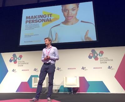 Sylvail Weill presentando las ideas de Accenture para la personalización en la DES 2018 Madrid